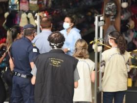 Foto: Ação foi medida educativa para lojistas e público | Crédito: Carlos Bassan