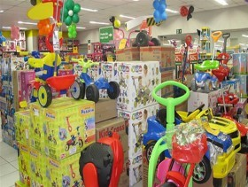 imagem com vários brinquedos - arquivo PMC